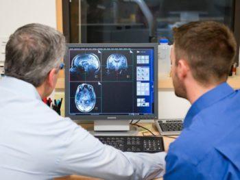 Manque de sommeil Alzheimer Jeffrey IRM